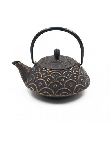 Teiera nera un ghisa con onde dorate Okakura - La Pianta del Tè Shop on line